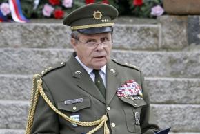 Plk. Emil Kulfánek.