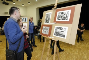 Dobročinná výstava Petrovický Picasso.