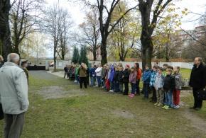Kladení věnců - 11.11.2013